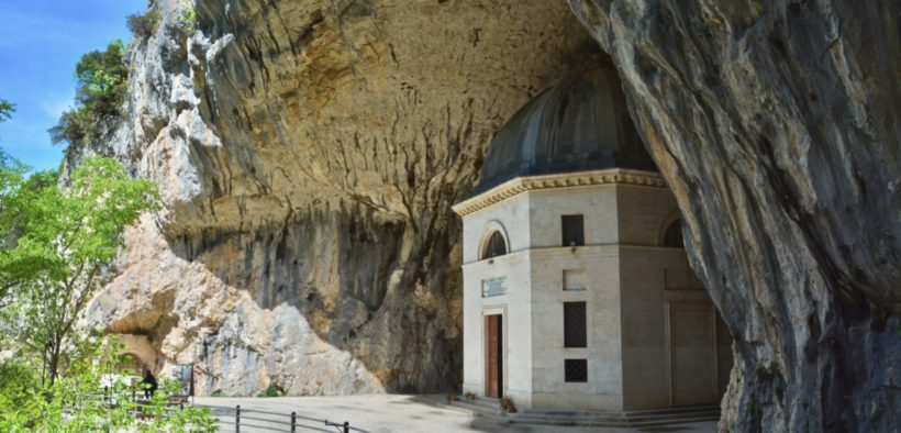 Tempietto del Valadier - Genga
