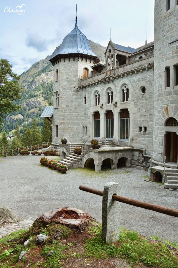 Valle D'Aosta - Castello Savoia