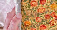 Frittata con fagiolini e pomodorini al forno