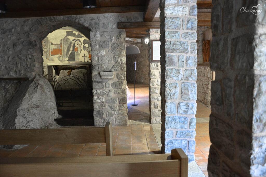 Santuario Greccio grotta del Presepe
